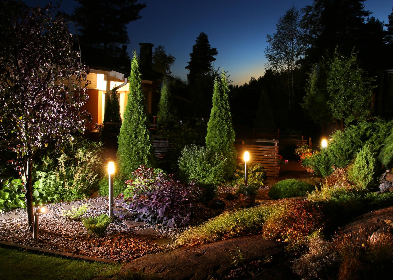 Osvětlená zahrada