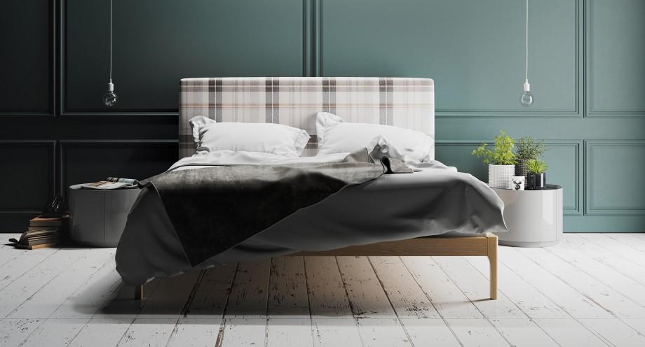 Moderní dřevěná postel