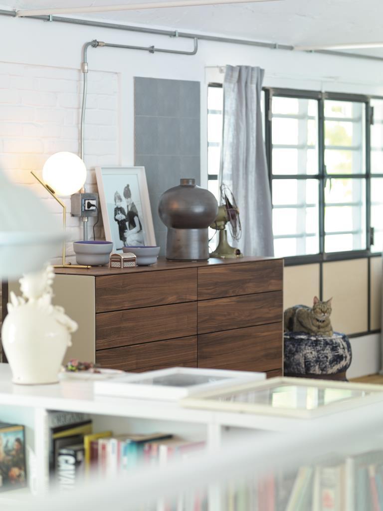 Moderní zásuvky do ložnice