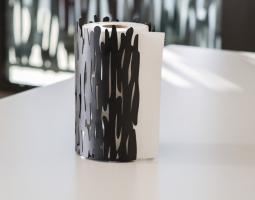 Stylový držák papírových utěrek
