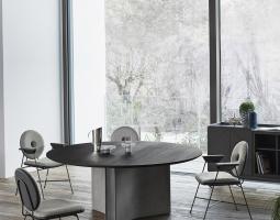 Jídelní stůl s masivní konstrukcí MAGNUM