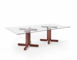 Dvojitý konferenční stolek