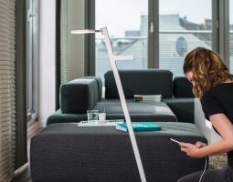 Praktická lampa