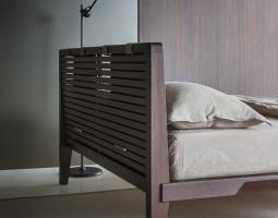 Stylová postel