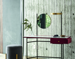 Kosmetický stolek do ložnice
