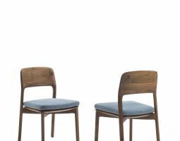 Dřevěné židle do interiéru