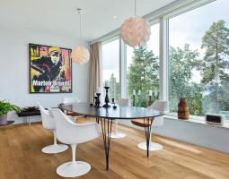 Dřevěná podlaha do moderního interiéru