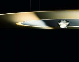 Závěsné světlo ve tvaru létajícího talíře